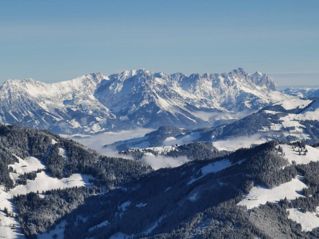 Tauch beim Schneeschuhwandern ein - in diese traumhafte Winterlandschaft!