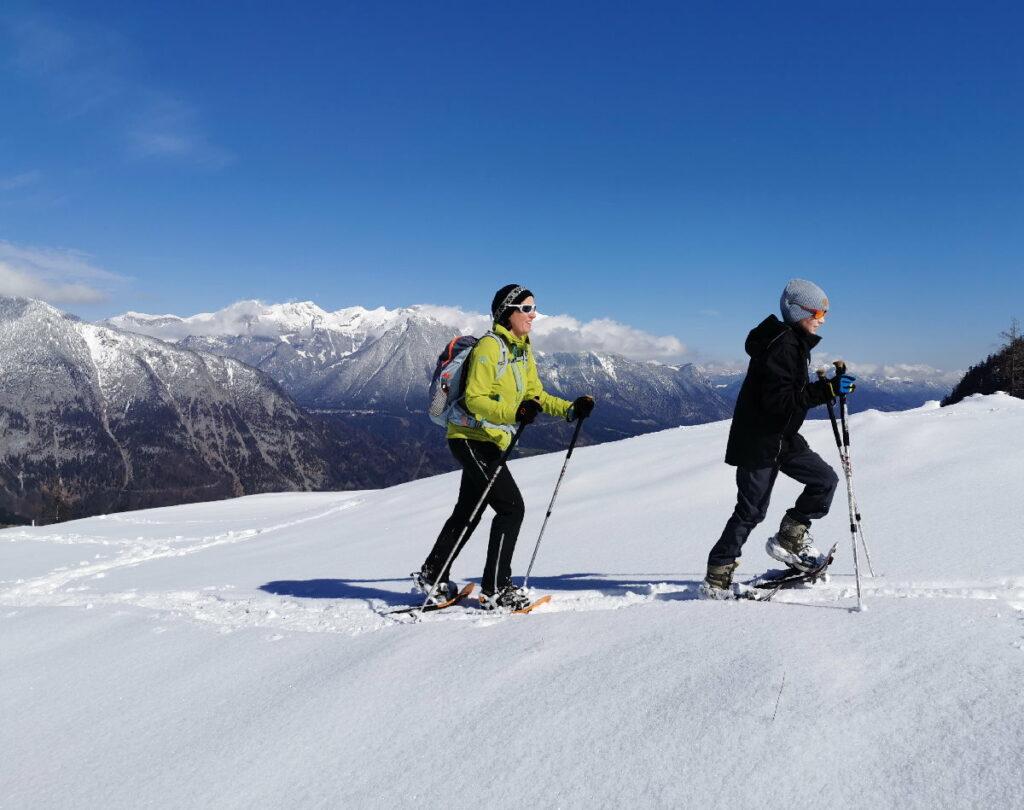 Schneeschuhwandern Ausrüstung - wir gehen nicht ohne Stöcke!