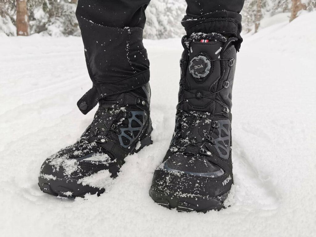 Schneeschuhwandern Ausrüstung - du brauchst gute Schuhe für deine Schneeschuhe